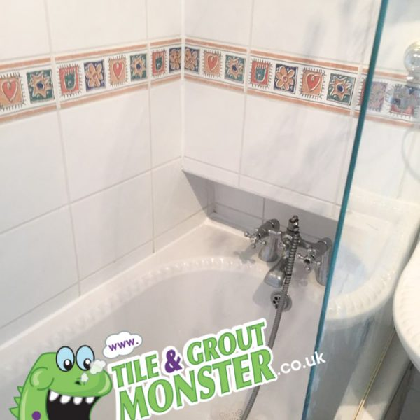 silicone around the bath replaced, grout monster Lisburn